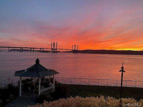 33. Single Family Home for Sale at 93 River Street Sleepy Hollow, New York, 10591 United States