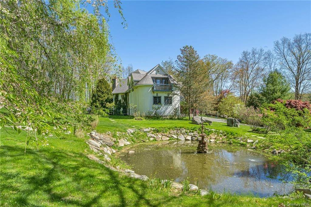 33. Single Family Home pour l Vente à 7 Kniffen Road Katonah, New York, 10536 États-Unis