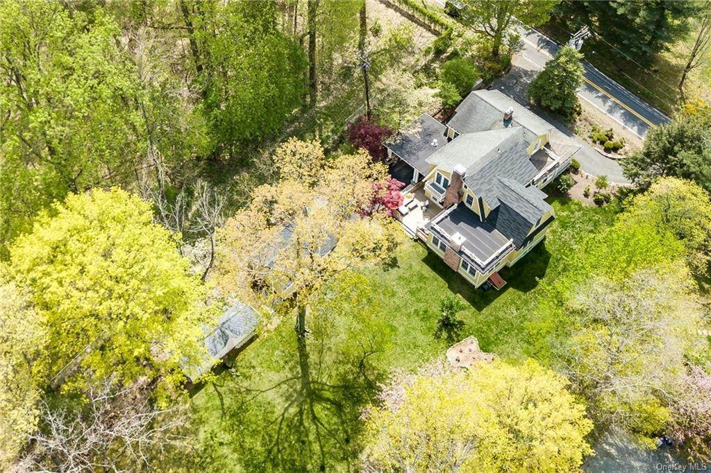 34. Single Family Home for Sale at 90 Rockland Road Sparkill, New York, 10976 United States