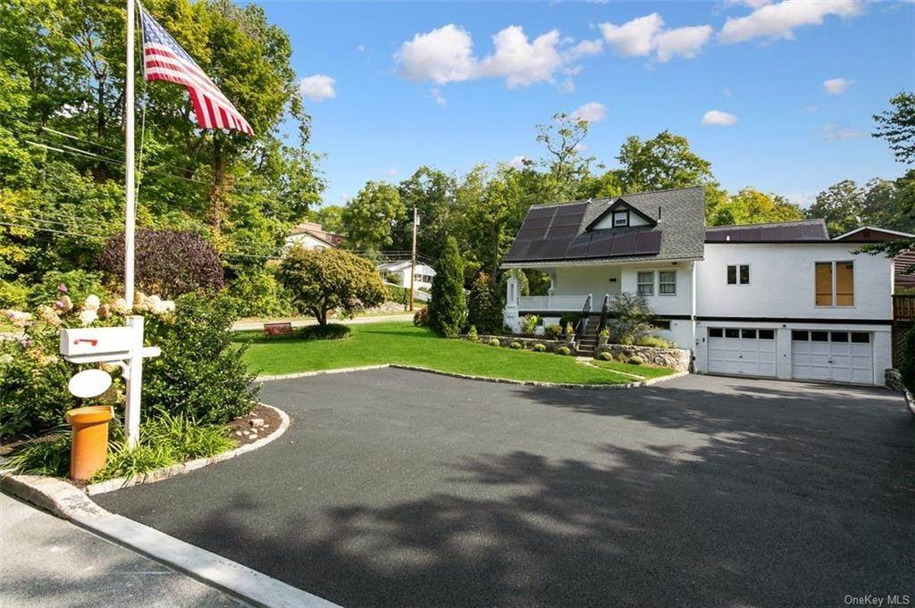 35. Single Family Home for Sale at 88 Pine Avenue Ossining, New York, 10562 United States