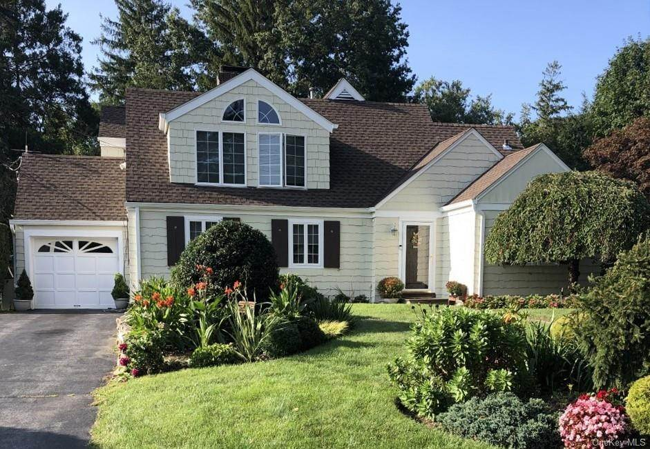 35. Single Family Home for Sale at 19 Old Well Road Purchase, New York, 10577 United States