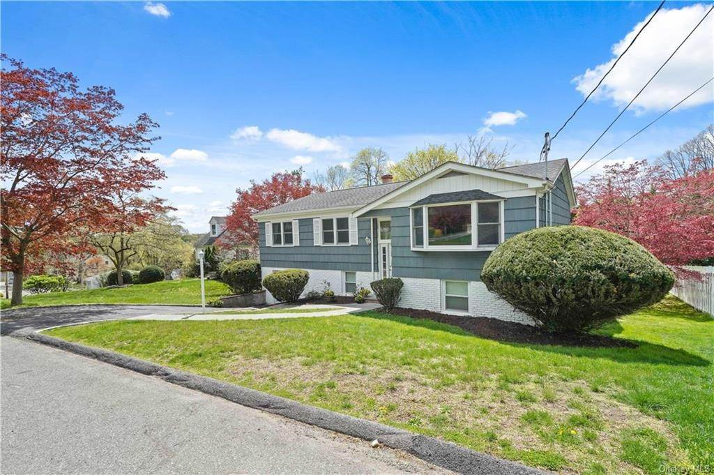 35. Single Family Home for Sale at 12 Grandview Avenue Ardsley, New York, 10502 United States