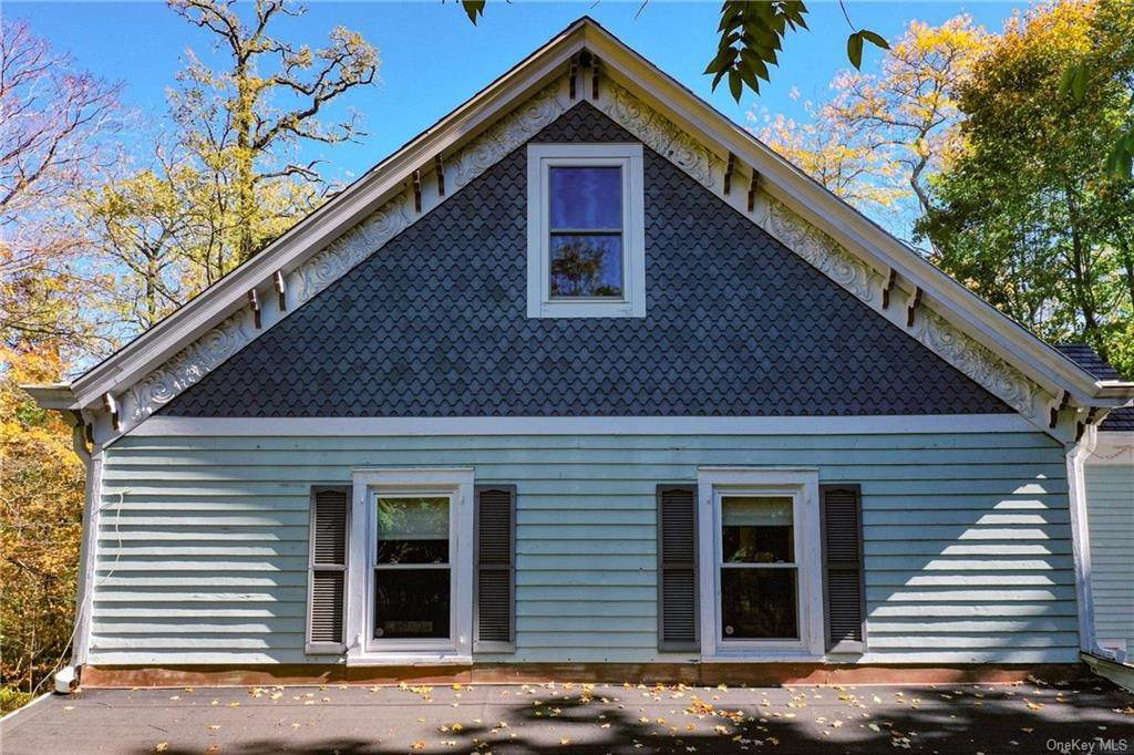 35. Single Family Home for Sale at 1683 Strawberry Road Mohegan Lake, New York, 10547 United States