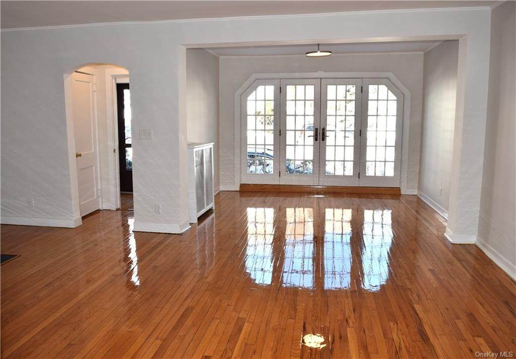 4. Rental Communities for Rent at 4 Prescott Square Bronxville, New York, 10708 United States