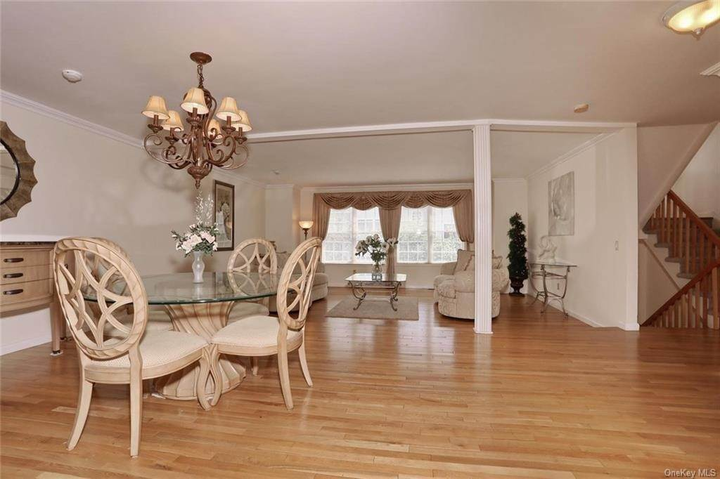 4. Single Family Home for Sale at 17 Forest Ridge Road Nyack, New York, 10960 United States