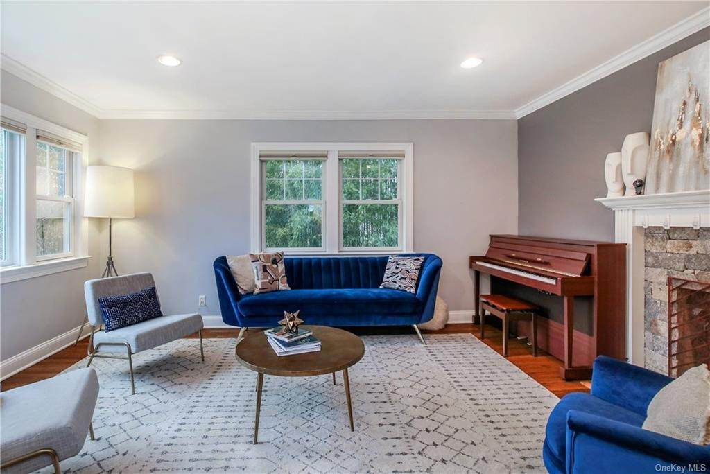4. Single Family Home por un Venta en 200 Glendale Road Scarsdale, Nueva York, 10583 Estados Unidos