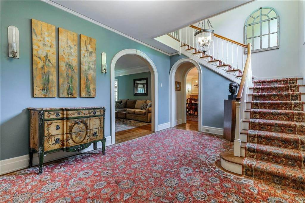 4. Single Family Home for Sale at 52 Ardsley Avenue W Irvington, New York, 10533 United States