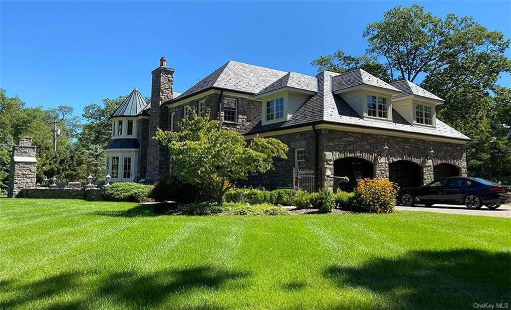 4. Single Family Home for Sale at 75 Summit Road Tuxedo Park, New York, 10987 United States