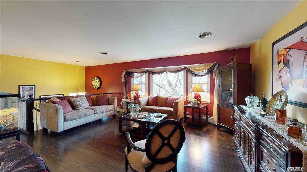 4. Single Family Home for Sale at 12 Landau Lane Spring Valley, New York, 10977 United States