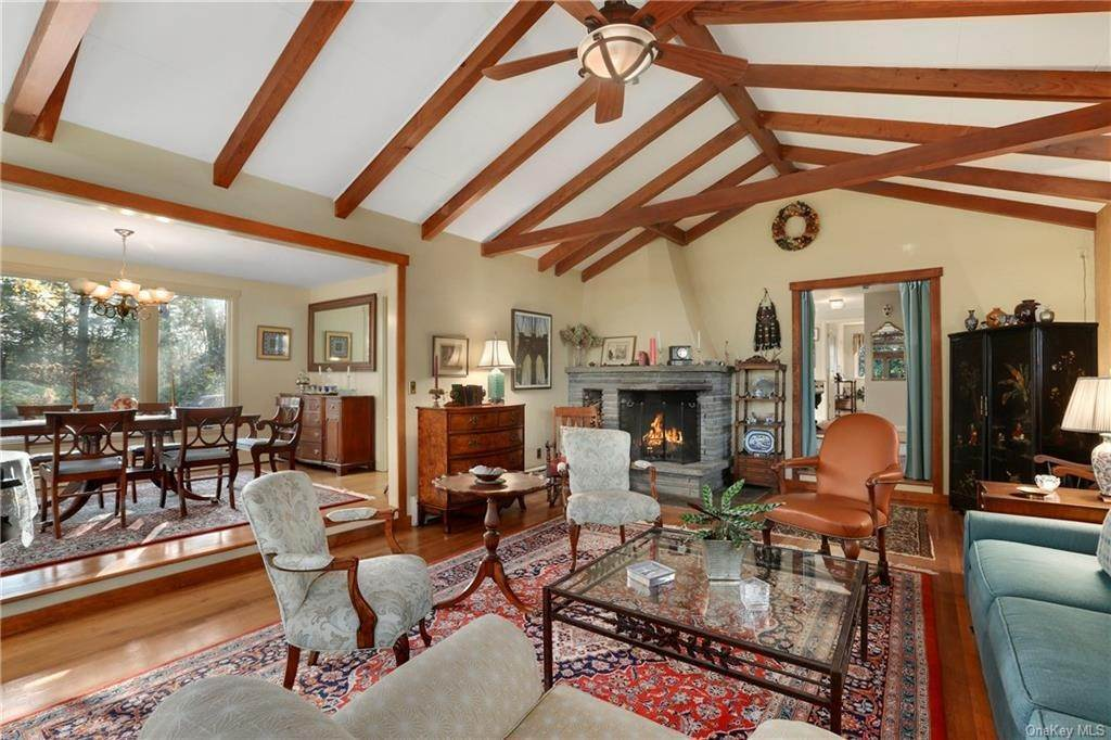 4. Single Family Home for Sale at 22 Bob Hill Road Pound Ridge, New York, 10576 United States