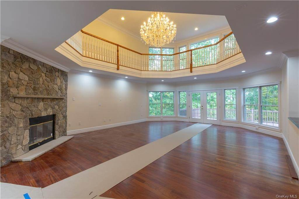 4. Single Family Home for Sale at 51 Juniper Terrace Tuxedo Park, New York, 10987 United States