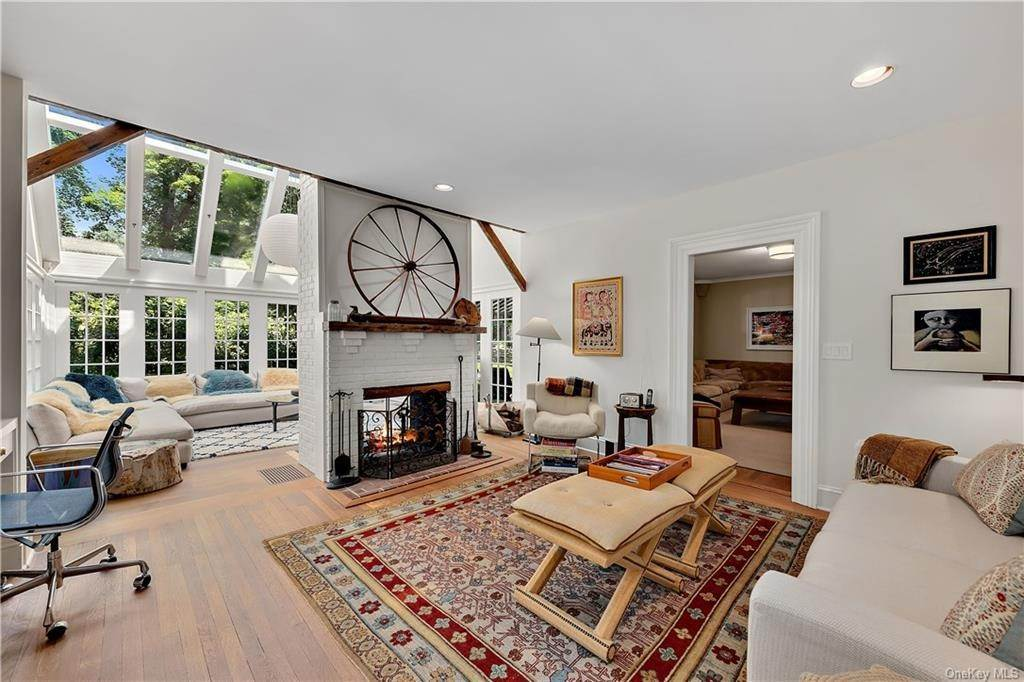 4. Rental Communities for Rent at 148 Meeting House Road Bedford Corners, New York, 10549 United States
