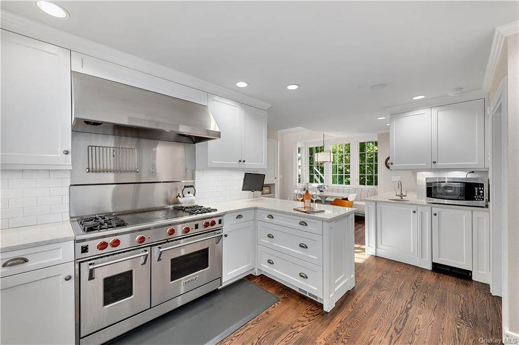 5. Single Family Home por un Venta en 25 Ridge Road Bronxville, Nueva York, 10708 Estados Unidos
