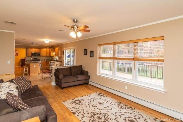 5. Single Family Home for Sale at 2 Sequoia Trail Highland Mills, New York, 10930 United States