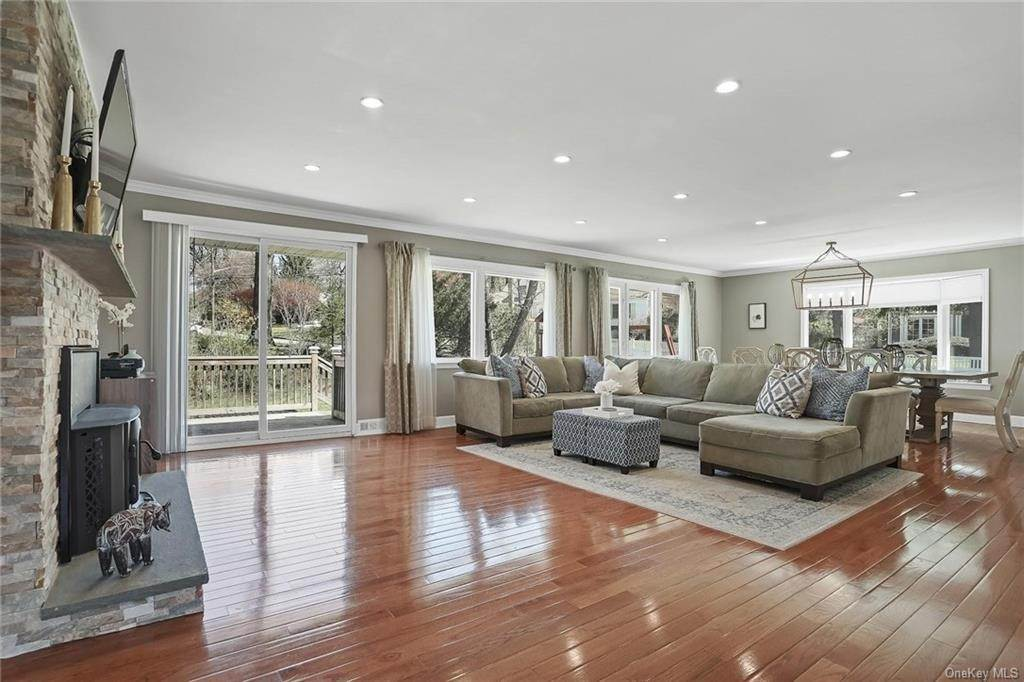 5. Single Family Home pour l Vente à 41 Palisade Avenue White Plains, New York, 10607 États-Unis