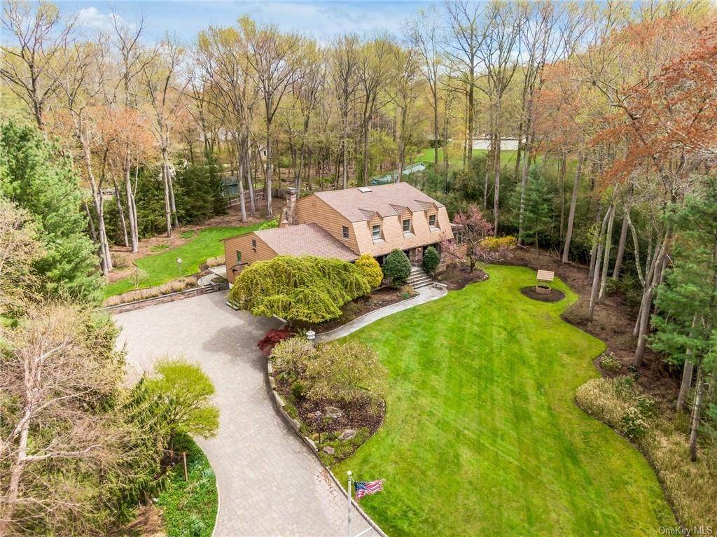 5. Single Family Home for Sale at 1A Century Road Palisades, New York, 10964 United States