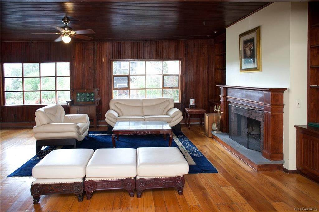 5. Single Family Home por un Venta en 6 Stable Road Tuxedo Park, Nueva York, 10987 Estados Unidos