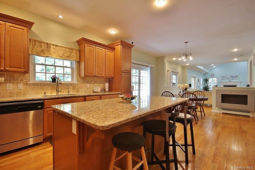 5. Single Family Home для того Продажа на 1774 Pleasantville Road Briarcliff Manor, Нью-Йорк, 10510 Соединенные Штаты