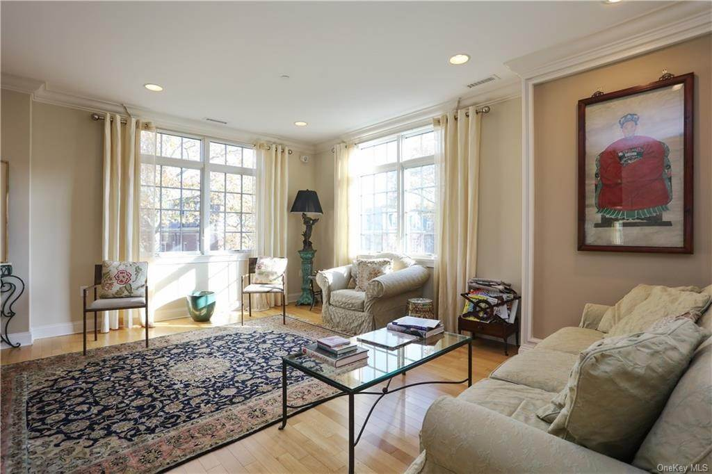 5. Rental Communities for Rent at 1 Christie Place Scarsdale, New York, 10583 United States