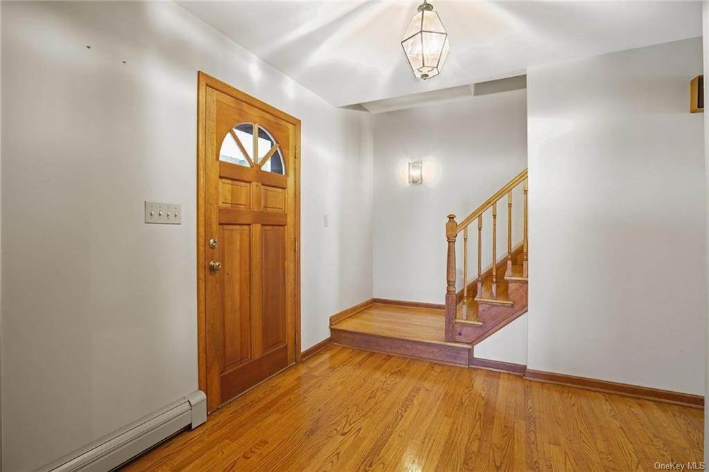 5. Single Family Home for Sale at 184 Sarah Wells Trail Campbell Hall, New York, 10916 United States