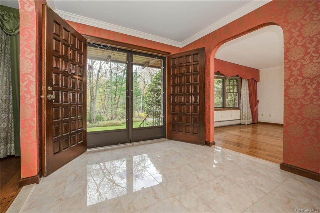 6. Single Family Home for Sale at 1A Century Road Palisades, New York, 10964 United States