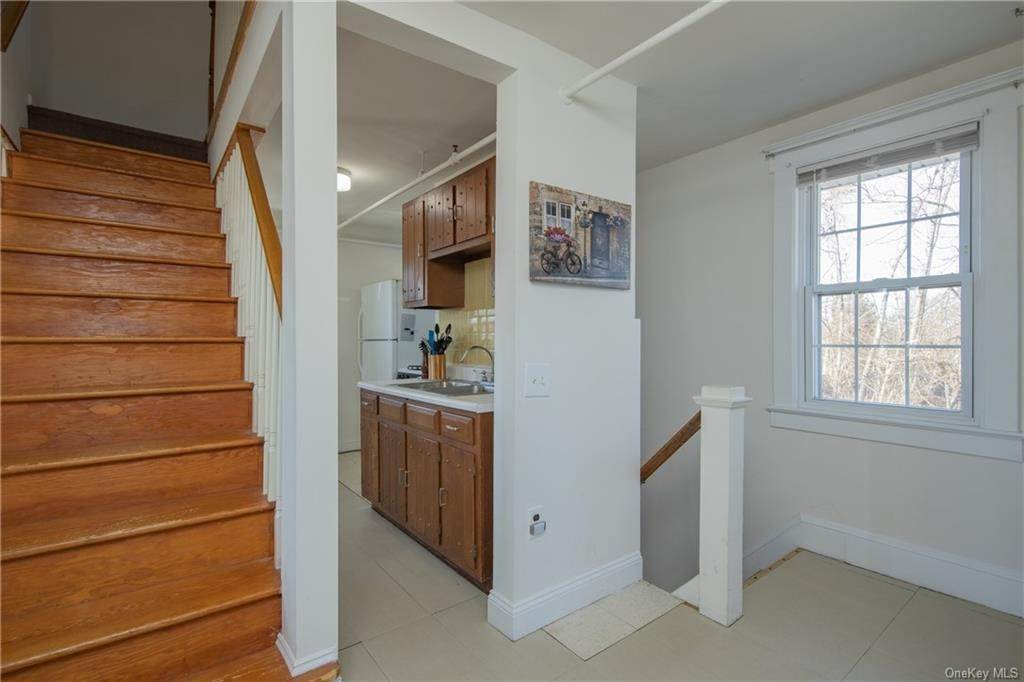 6. Single Family Home por un Venta en 502 W Nyack Road West Nyack, Nueva York, 10994 Estados Unidos
