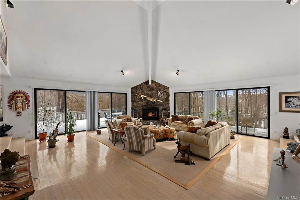6. Single Family Home por un Venta en 101 Eastwoods Road Pound Ridge, Nueva York, 10576 Estados Unidos