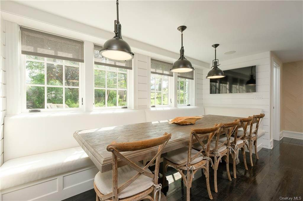 6. Single Family Home for Sale at 29 Valley Road Bronxville, New York, 10708 United States
