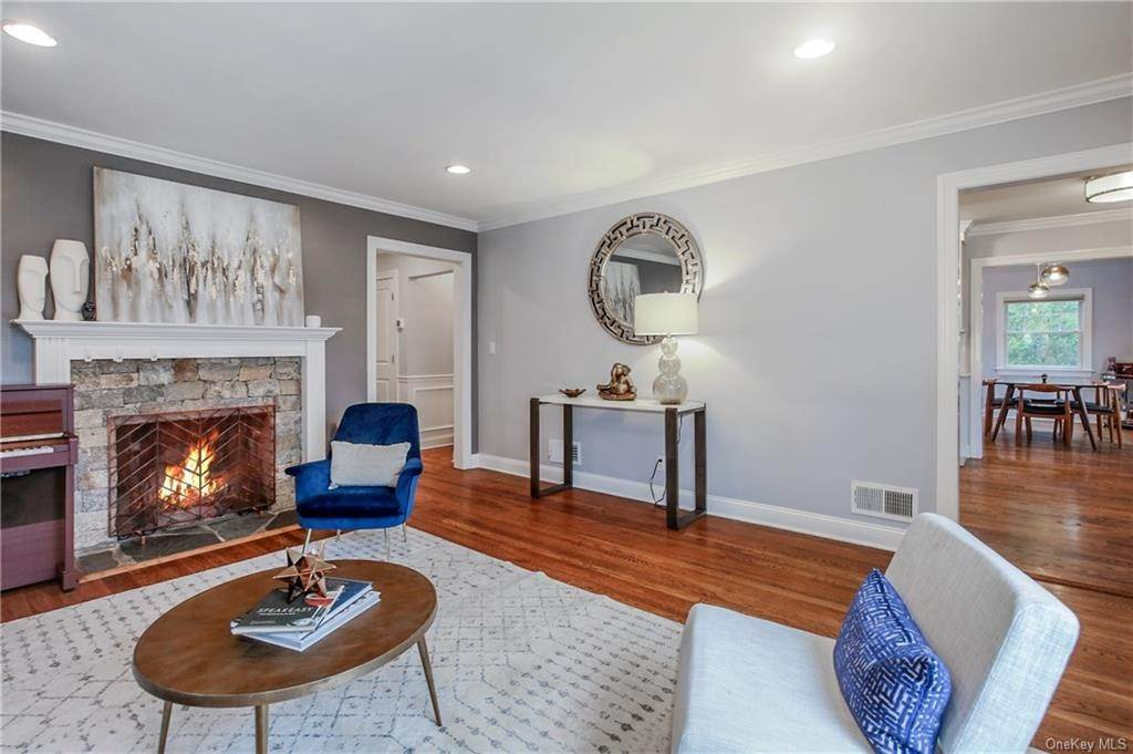 6. Single Family Home por un Venta en 200 Glendale Road Scarsdale, Nueva York, 10583 Estados Unidos