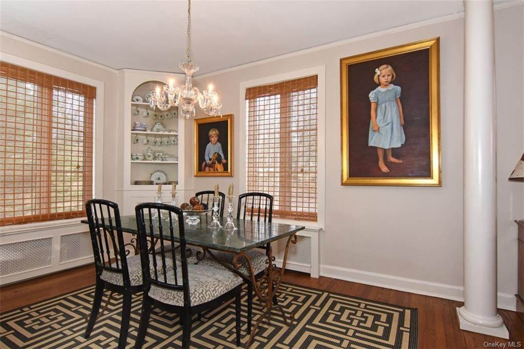 6. Single Family Home for Sale at 5 Park Avenue Terrace Bronxville, New York, 10708 United States