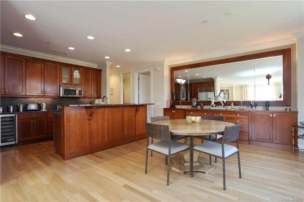 6. Rental Communities for Rent at 1 Christie Place Scarsdale, New York, 10583 United States