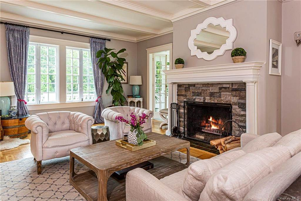 6. Single Family Home for Sale at 119 White Plains Road Bronxville, New York, 10708 United States