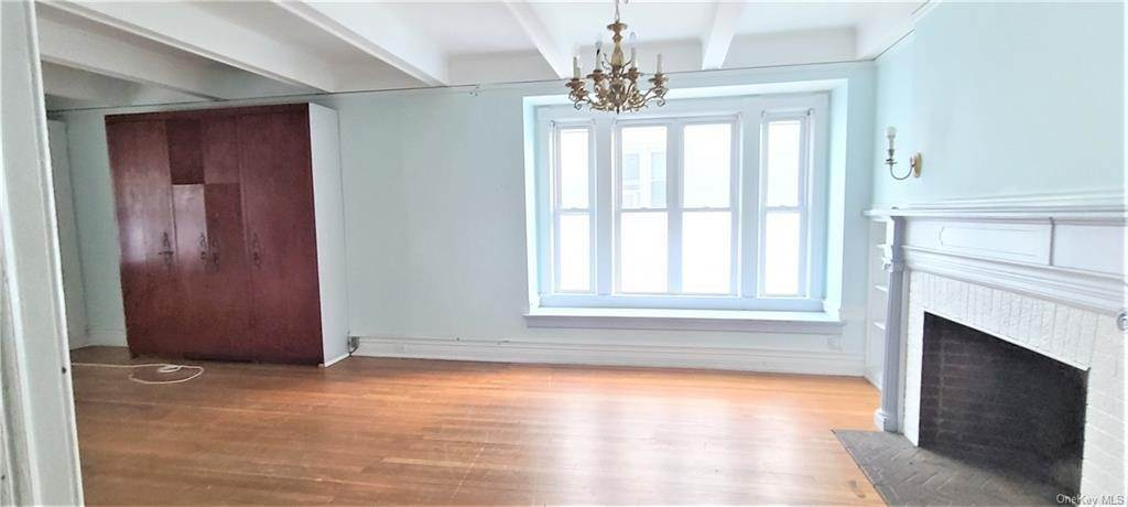 6. Single Family Home for Sale at 274 Summit Avenue Mount Vernon, New York, 10552 United States