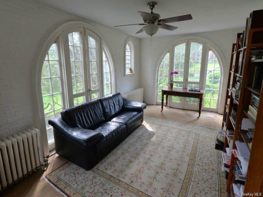 6. Rental Communities for Rent at 290 Overlook Road New Rochelle, New York, 10804 United States