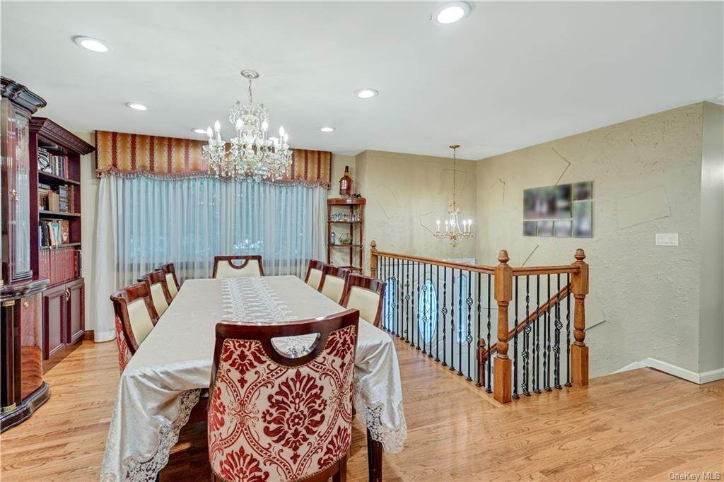 6. Single Family Home for Sale at 14 Merrick Drive Spring Valley, New York, 10977 United States