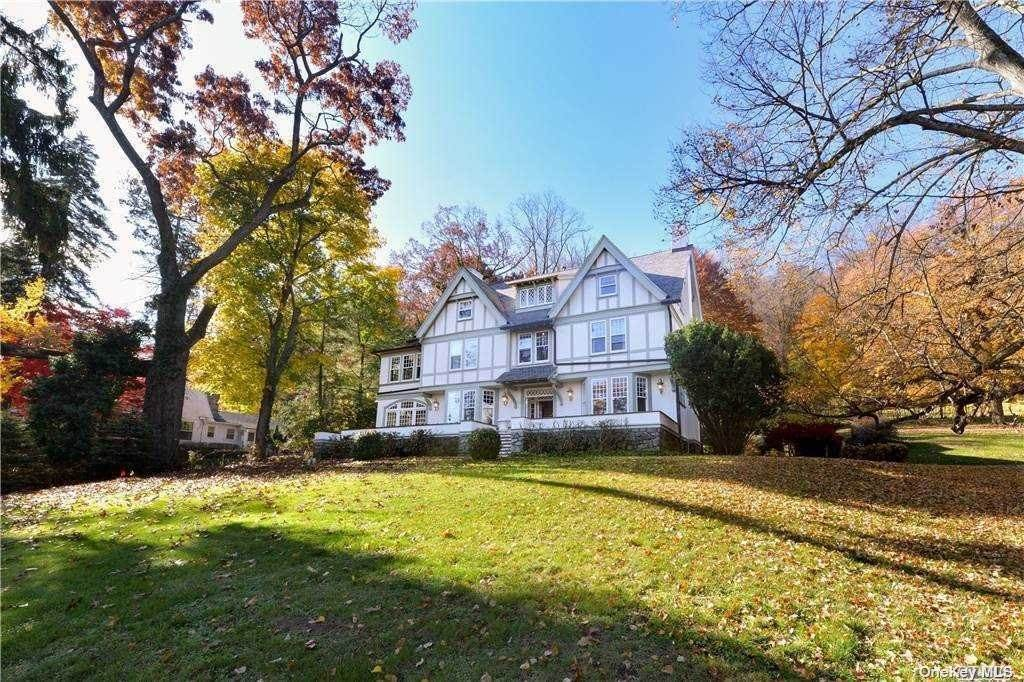 6. Single Family Home for Sale at 1082 Us Hwy 9W Route Nyack, New York, 10960 United States