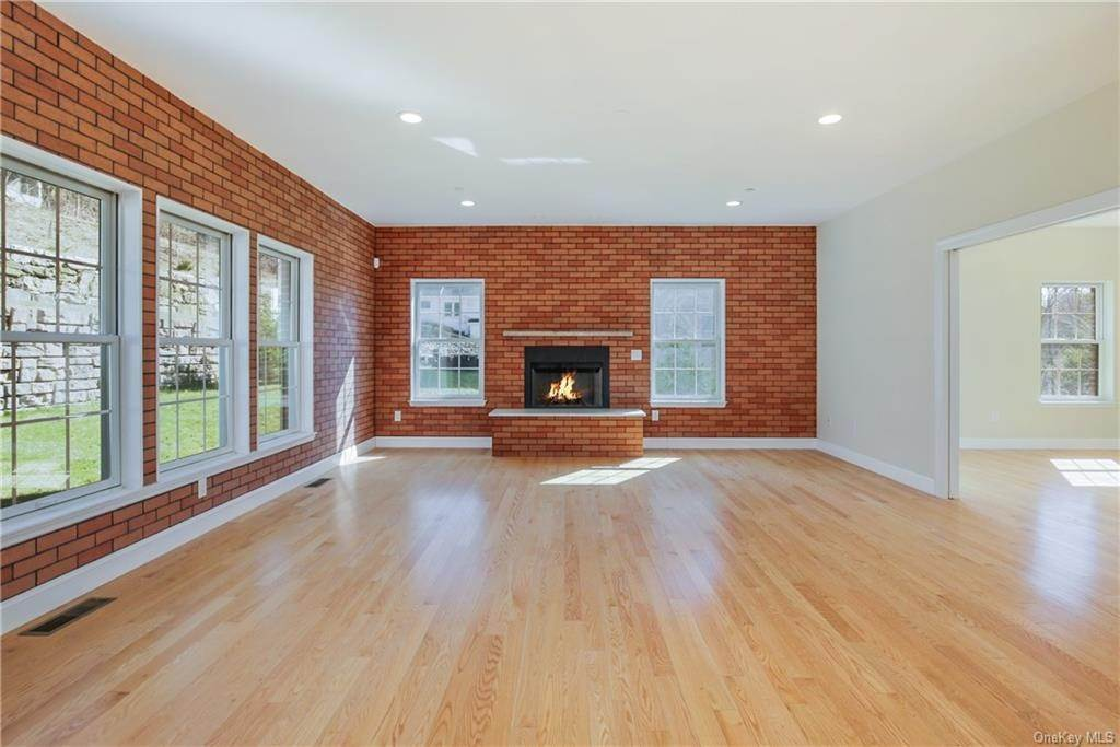 6. Single Family Home for Sale at 223 Sprain Road Scarsdale, New York, 10583 United States