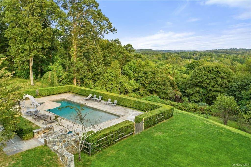 7. Rental Communities for Rent at 180 Davids Hill Road Bedford Hills, New York, 10507 United States