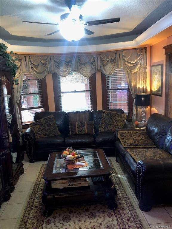 7. Single Family Home for Sale at 17 Grant Street Yonkers, New York, 10704 United States