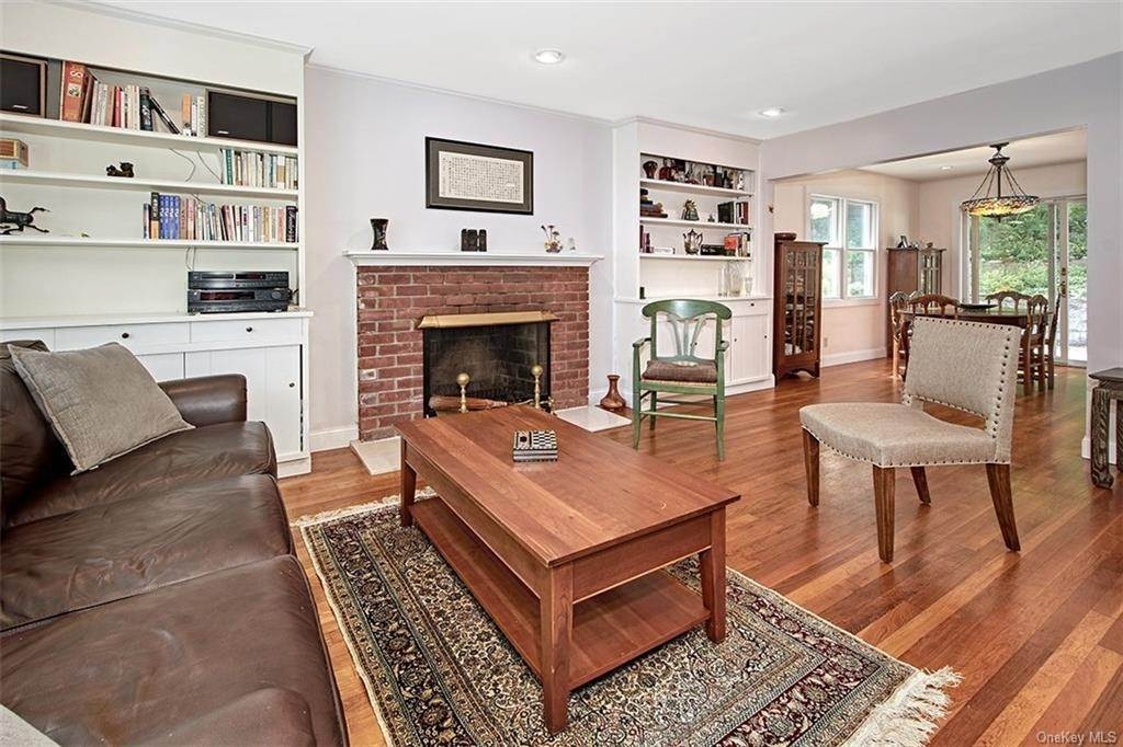 7. Single Family Home for Sale at 2 Pine Ridge Road Rye Brook, New York, 10573 United States