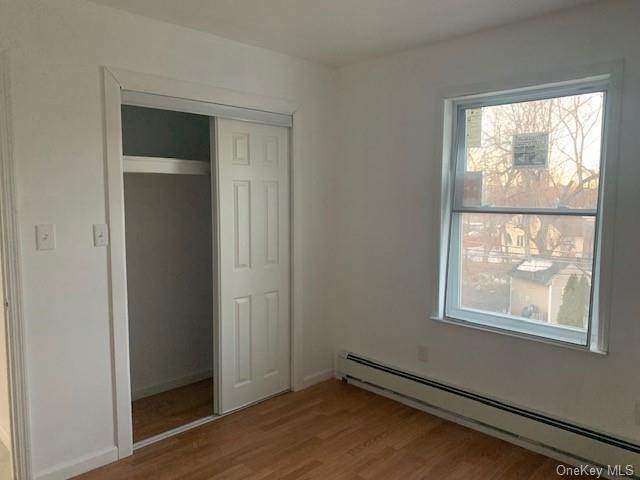 7. Single Family Home for Sale at 9-11 Warren Avenue Haverstraw, New York, 10927 United States