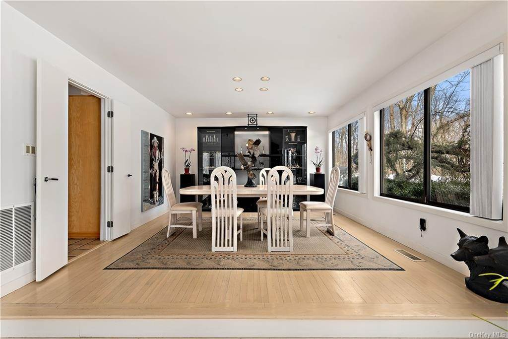 7. Single Family Home por un Venta en 101 Eastwoods Road Pound Ridge, Nueva York, 10576 Estados Unidos