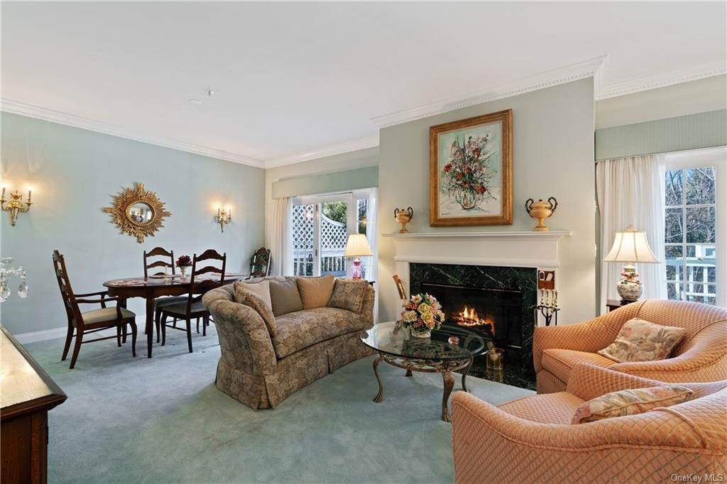 7. Single Family Home for Sale at 44 Wyndham Close White Plains, New York, 10605 United States