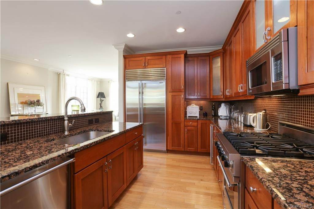 7. Rental Communities for Rent at 1 Christie Place Scarsdale, New York, 10583 United States