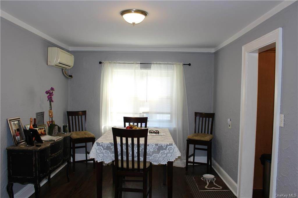 7. Single Family Home for Sale at 43 Bradford Street Harrison, New York, 10528 United States
