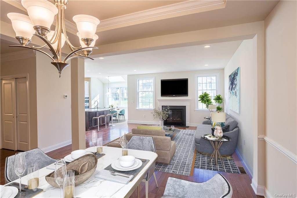 7. Single Family Home for Sale at 5 Bonham Lane Cortlandt Manor, New York, 10567 United States