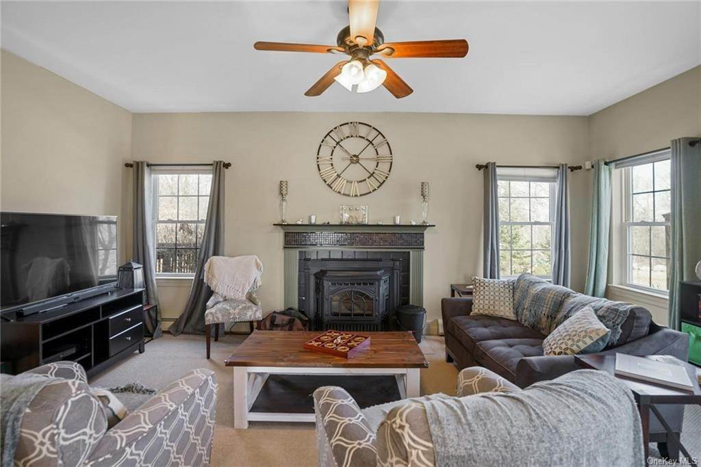 8. Single Family Home for Sale at 19 Coleman Drive Campbell Hall, New York, 10916 United States