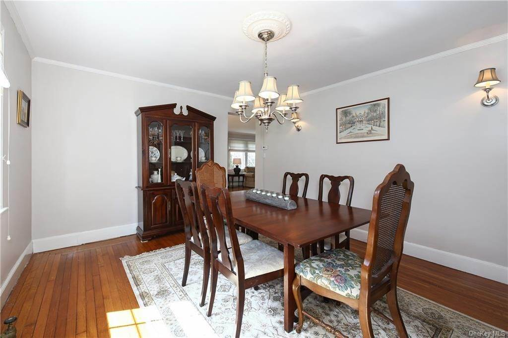 8. Single Family Home por un Venta en 31 Rugby Lane Scarsdale, Nueva York, 10583 Estados Unidos