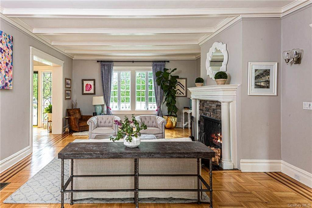 8. Single Family Home for Sale at 119 White Plains Road Bronxville, New York, 10708 United States