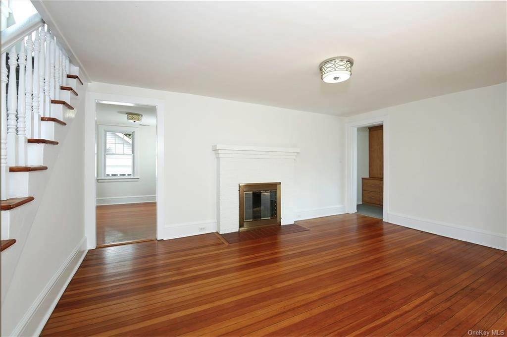 8. Single Family Home for Sale at 211 Oakland Beach Avenue Rye, New York, 10580 United States